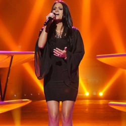 "Pia Toscano - ""Doesn't Mean Anything"" - Las Vegas Round - American Idol Season 10"