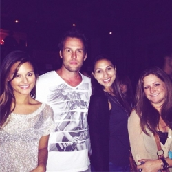 Pia Toscano and her dream team Jeff Raymond, Laura Potesta, Jessica at the Skylar Grey Concert