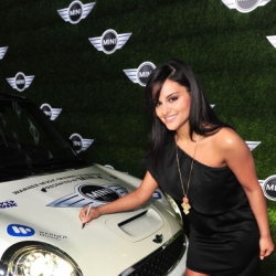 Pia Toscano at the Warner Music Group Grammy Party #4