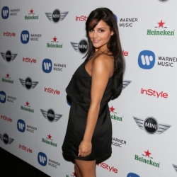 Pia Toscano at the Warner Music Group Grammy Party #5